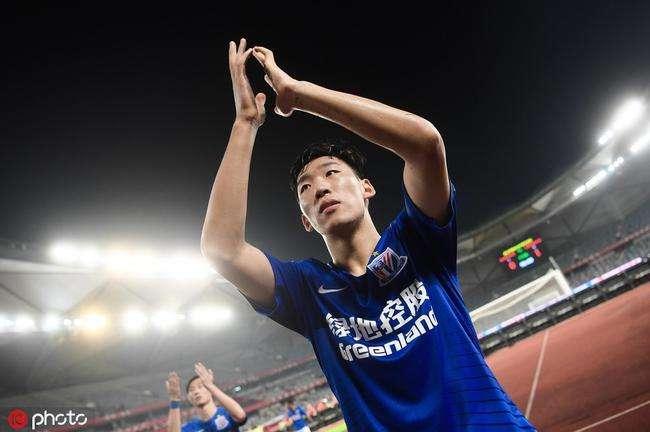 沪媒:朱辰杰将重回首发,周俊辰也随队出征来到济南