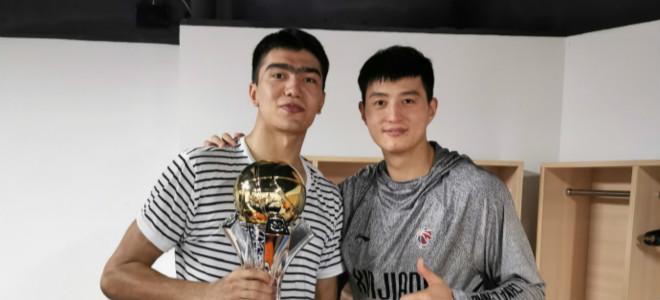 鲁吐布拉感慨随新疆夺冠:足球网址年前吾还在打高中生皇冠hg0088