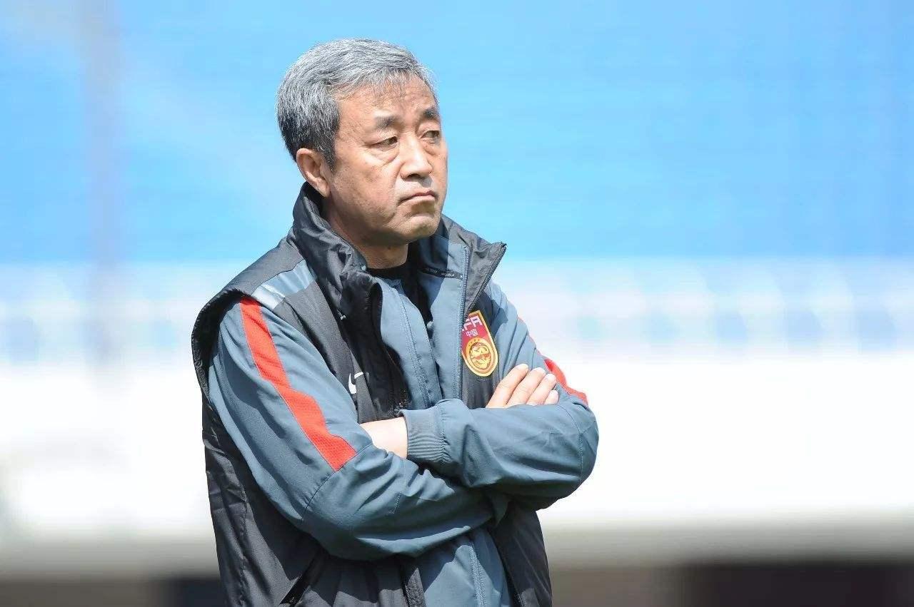 国足领队刘殿秋长文致歉:对张鹭一事感到深深内疚