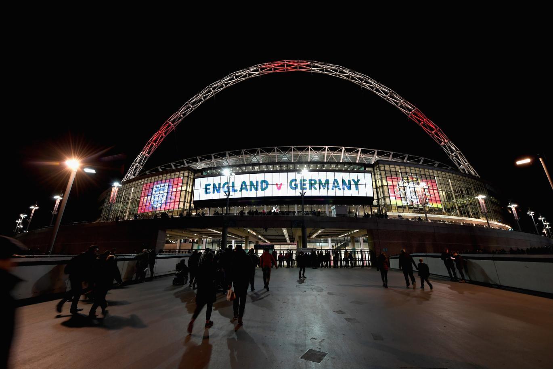 传国际足联力主中国申办2030年世界杯,欧足联指斥
