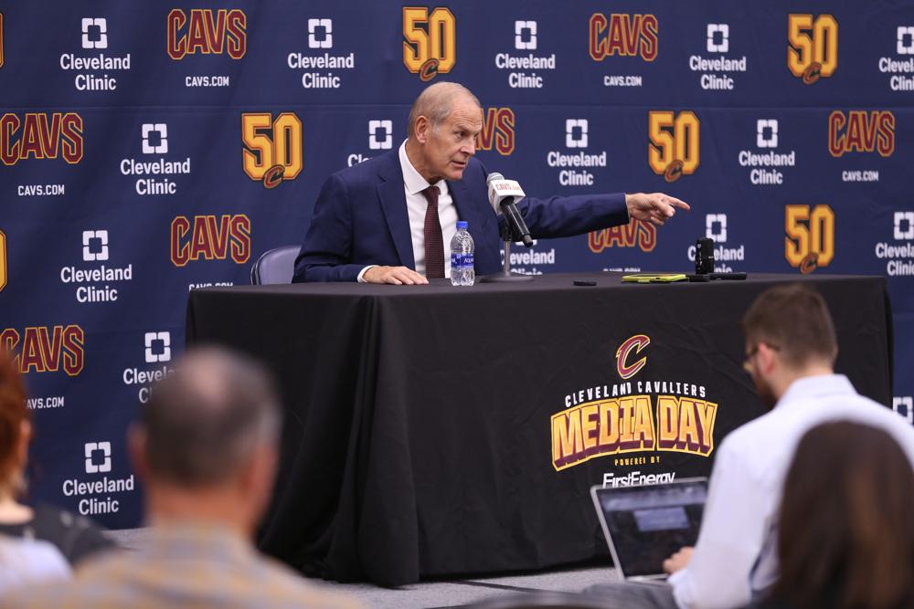 南斯谈主教练贝莱因:他充满能量,是你想要的那一种教练