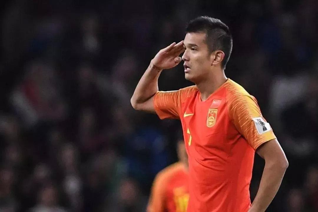 肖智:五星红旗升起国歌奏响,身为中国人深感骄傲自豪