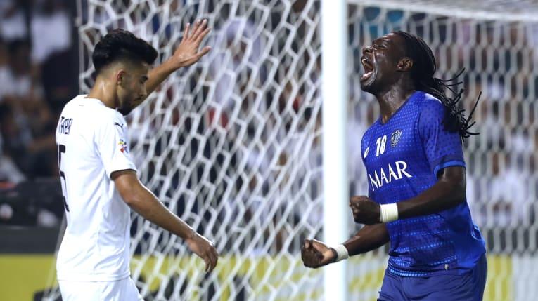 亚冠半决赛首回合:利雅得新月4-1逆转十人萨德体育