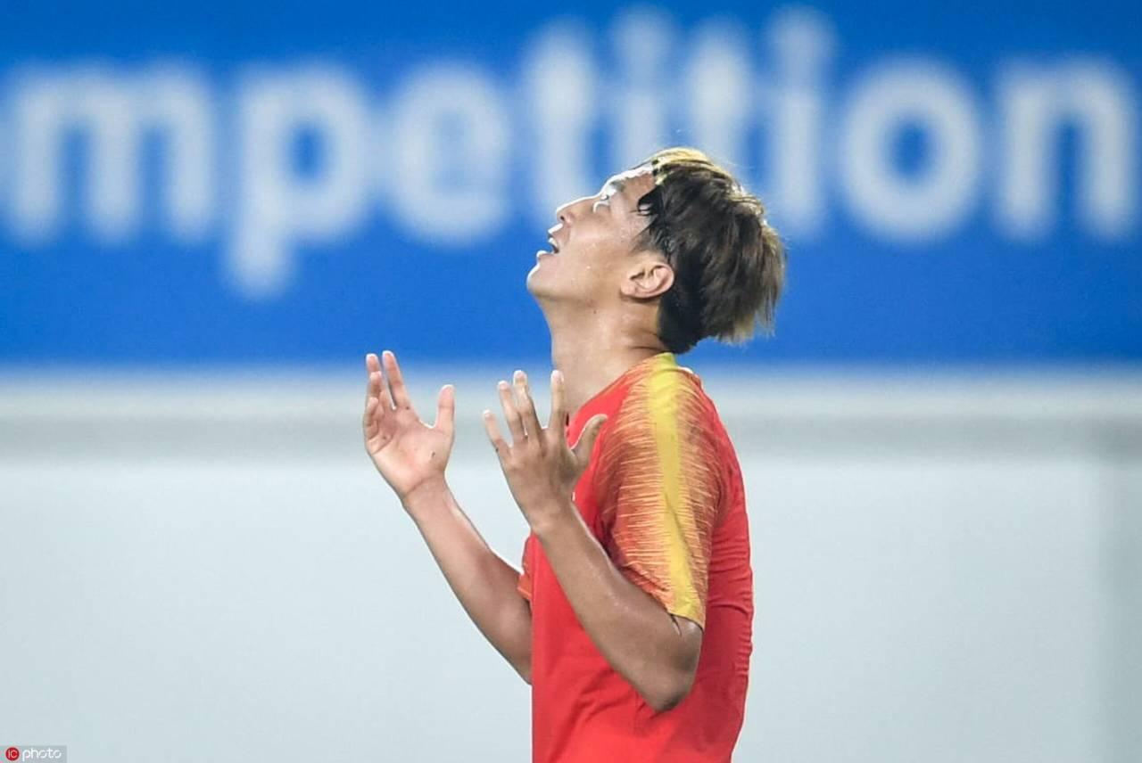 大四喜!杨旭世预赛14球超越郝海东成国足第一人