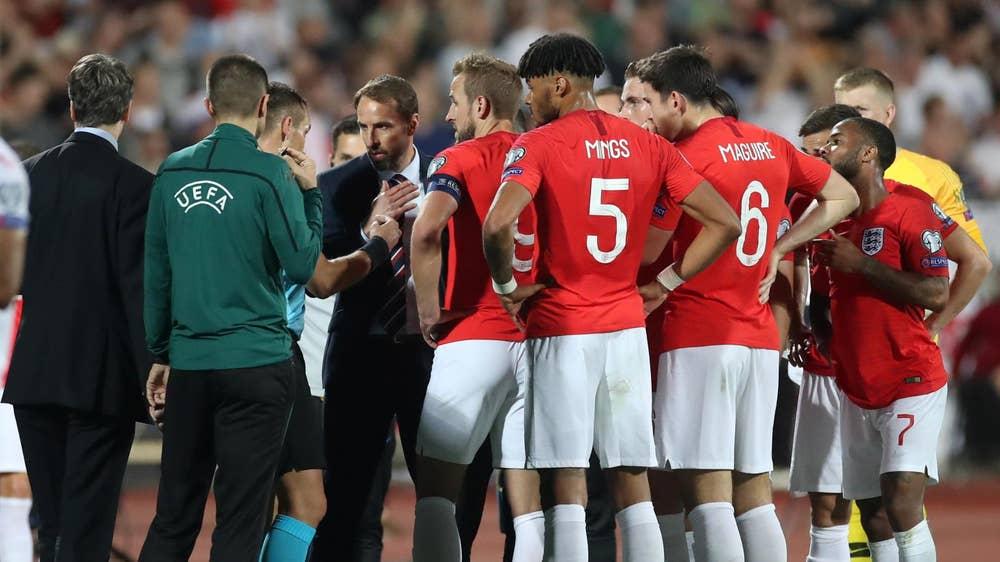 欧足联同时指控英格兰及保加利亚,英足总表示暂不评论