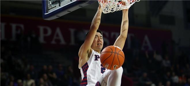 宾大举行队内红蓝对抗赛,王泉泽拿下10分6篮板