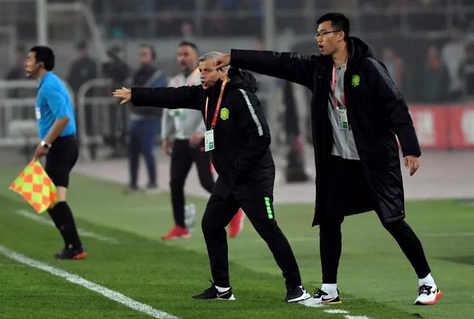 北青:热内西奥应该自我反思,他无法激起球员争冠欲望