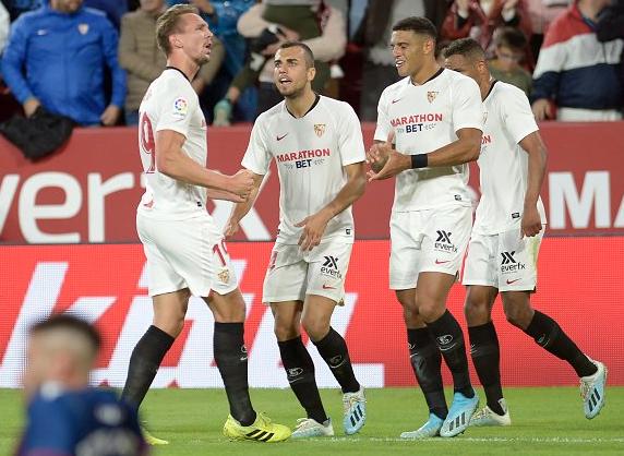 足球天才洛佩特吉,塞维利亚单场49脚传中破纪录
