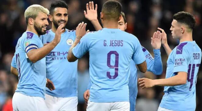 联赛杯:阿圭罗双响奥塔门迪建功,曼城3-1南安普顿