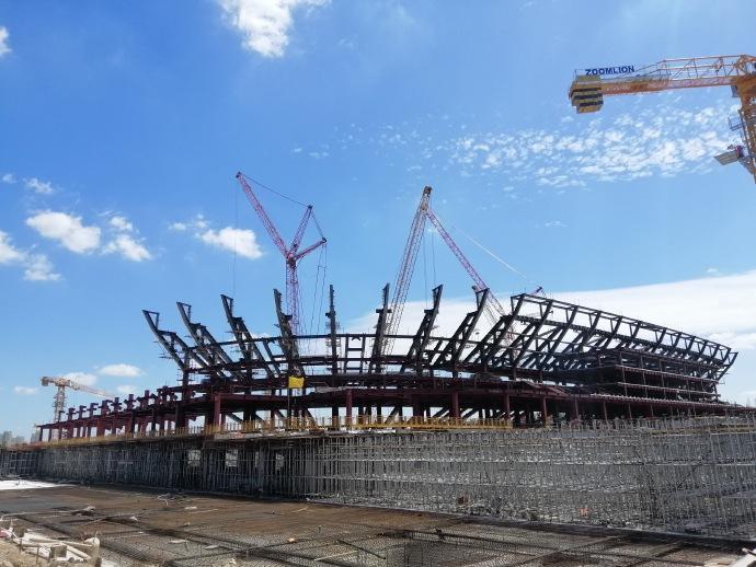 上港通报浦东足球场建设挺进:屋盖径向梁已吊装就位