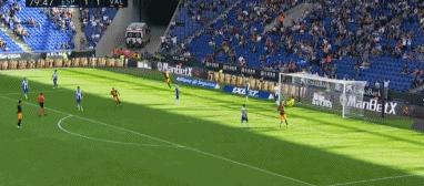 GIF:马克西-戈麦斯头球破门,瓦伦西亚2-1反超比分