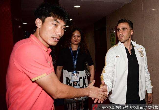 记者:郑智身份不是执行主教练,只是代为执行主帅职责