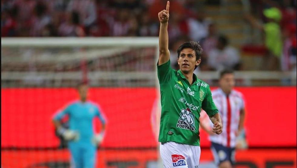 塞维利亚相中墨西哥新星马西亚斯,面临多特曼联等队竞争