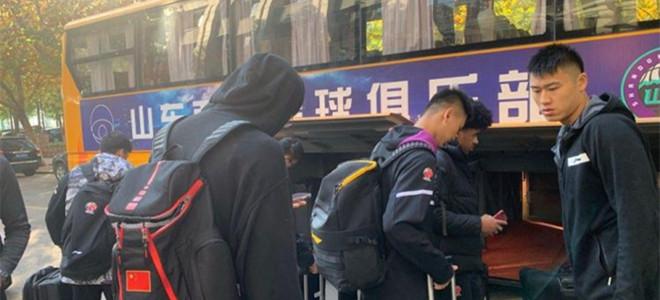山东队今日出征北京,吴轲、王汝恒、李泓翰留守济南