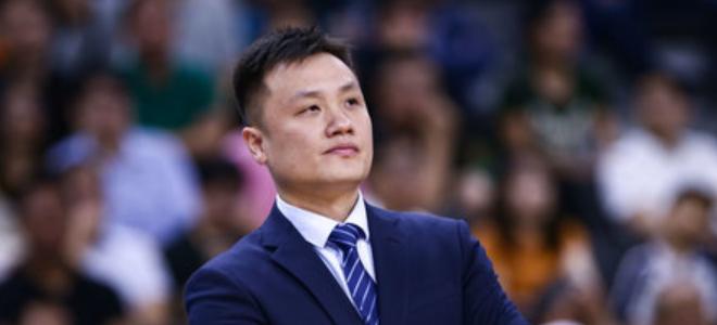 尹逵希望球队发挥的更平稳,李原宇:坑挖的太大