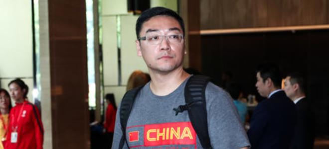 原上海队主教练刘鹏担任全国U17训练营男篮主教练