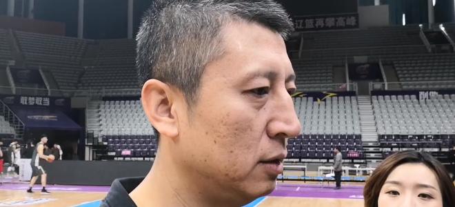 郭士强:球队状态不是很好,深圳更换外援不影响部署