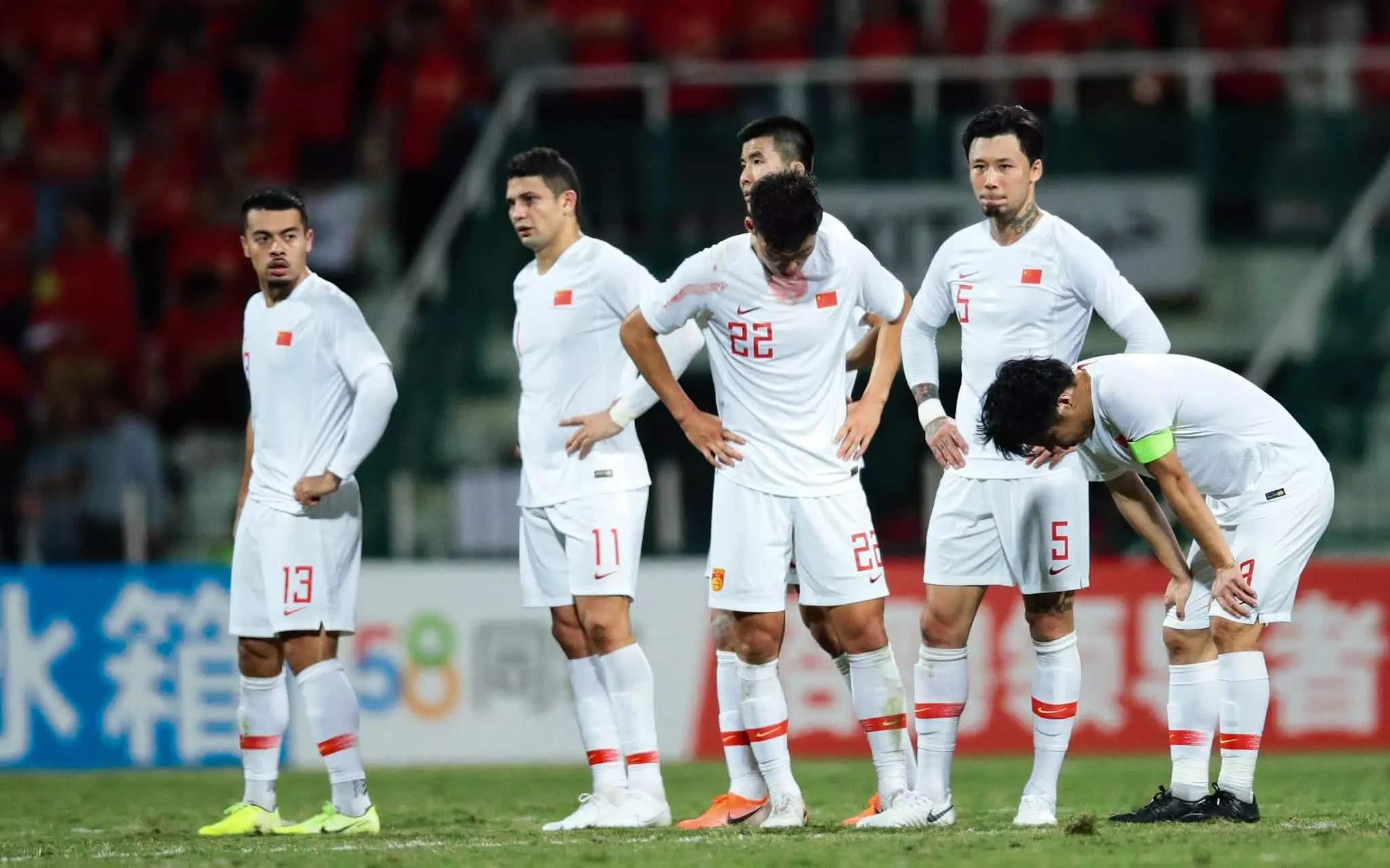 黄健翔:国足选帅拖不得,队员要和主教练形成真实团队