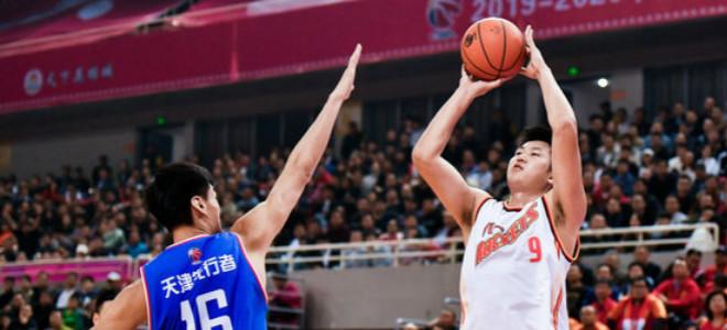 刘航初砍下25分创赛季新高,难阻八一连败