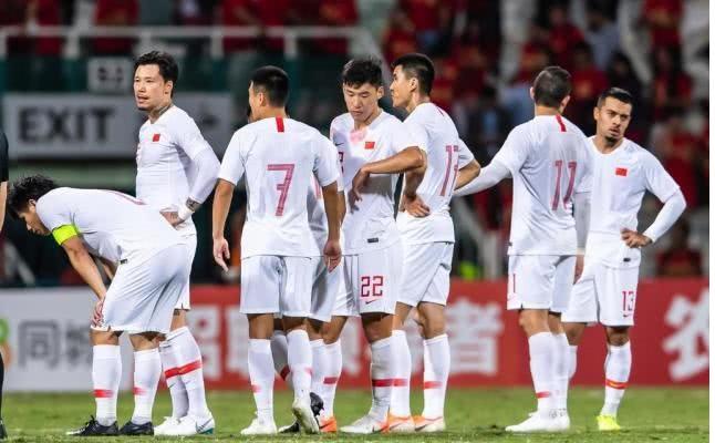 FIFA最新世界排名:国足排名降至第75位,亚洲排名第9