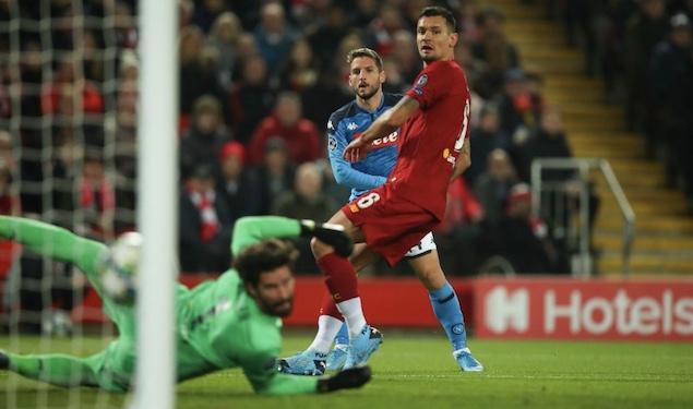 欧冠:默滕斯破门洛夫伦扳平,利物浦1-1那不勒斯