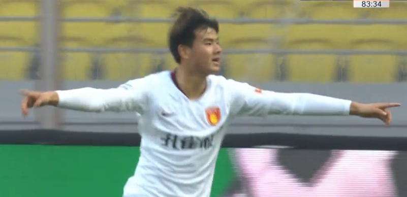 GIF:龚秋乐门前铲射,华夏客场2-1卓尔