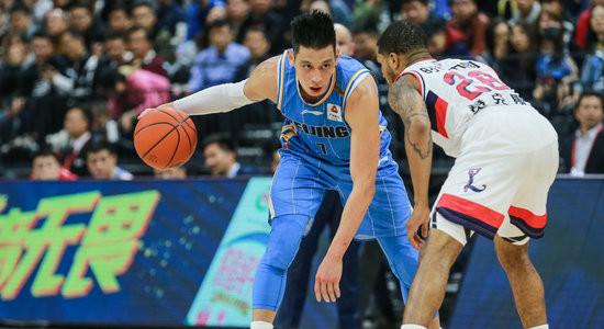 林书豪砍下36分,创造本赛季北京男篮单场得分纪录