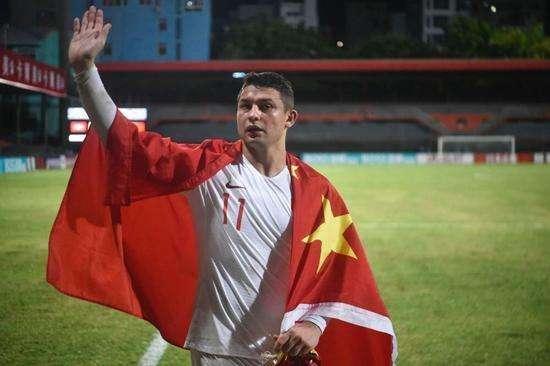 法新社:还有十几名外籍球员正在申请中国护照