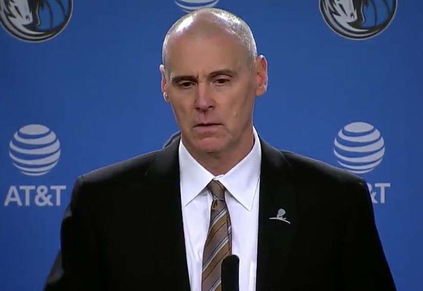 卡莱尔:前1/4赛季遇到一些困难,但每个人都能互帮互助