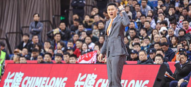 杜锋:在青岛比赛的开局往往很难,下半场进入我们的节奏