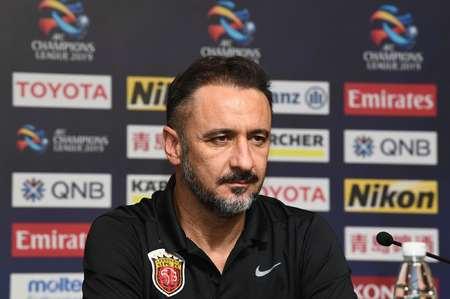 名记:上港主教练佩雷拉已经退出了埃弗顿新主帅的竞选
