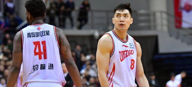 裁判报告:辽青比赛最后赵泰隆跳出界外干扰发球未被吹技犯