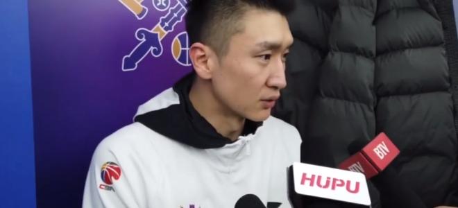 孙悦:尽量在进攻端多分担,望年轻球员不要产生依赖心理