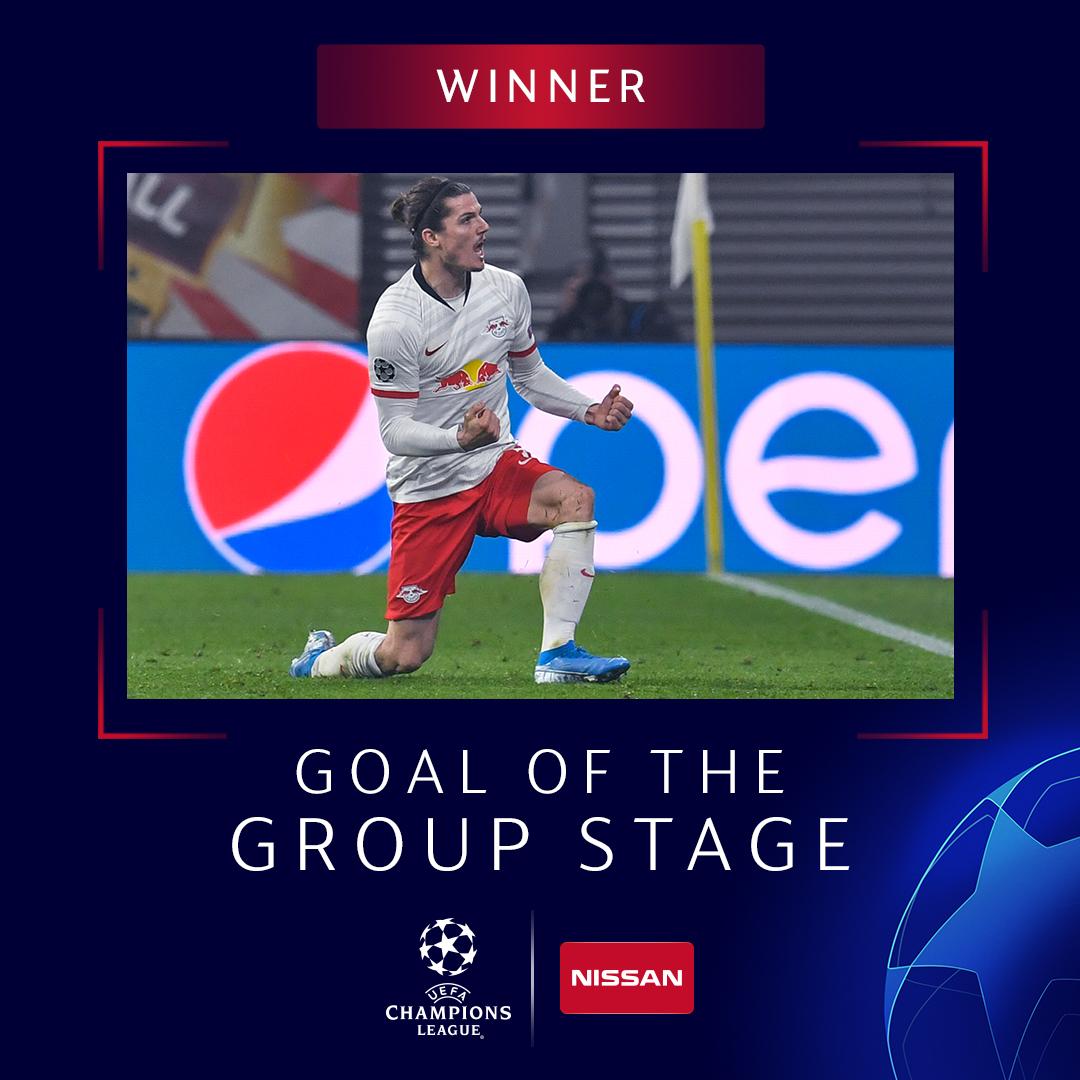 官方:萨比策外脚背凌空破门,当选欧冠小组赛最佳进球