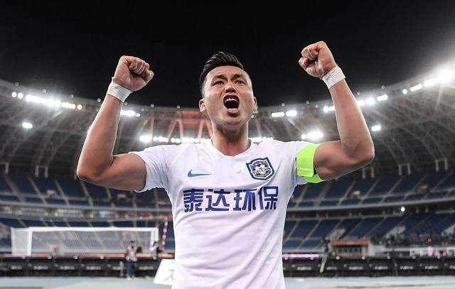 体坛:上港考虑引进买提江,48小时内球员决定是否加盟