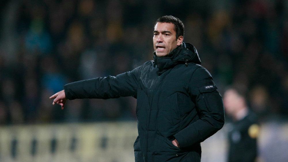 足球报:富力可能换帅,目标人选为范布隆克霍斯特