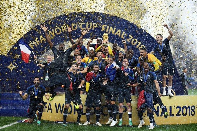 法国足协官推晒世界杯夺冠照:十年最佳照片