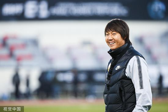 京媒:国足新帅5日在京亮相,李铁已着手拟定备战计划