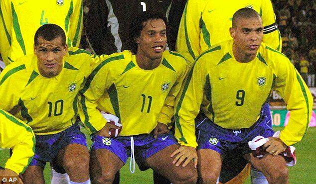 阿斯评10年退役球员最佳阵:巴西3R领衔,弗格森任主帅