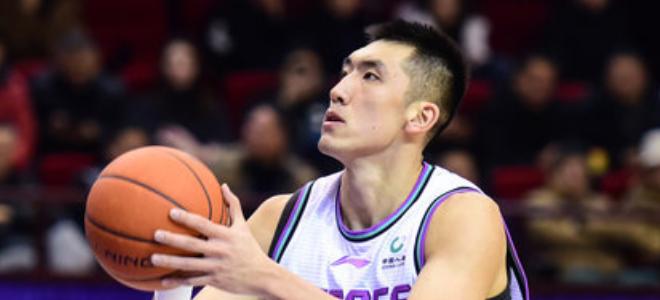 陶汉林CBA生涯篮板球总数超陈照升,升至历史第43位