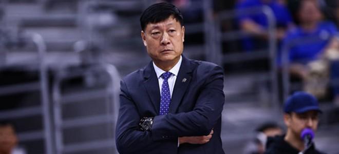 李秋平专访:哪怕下课,也会继续坚持团队篮球