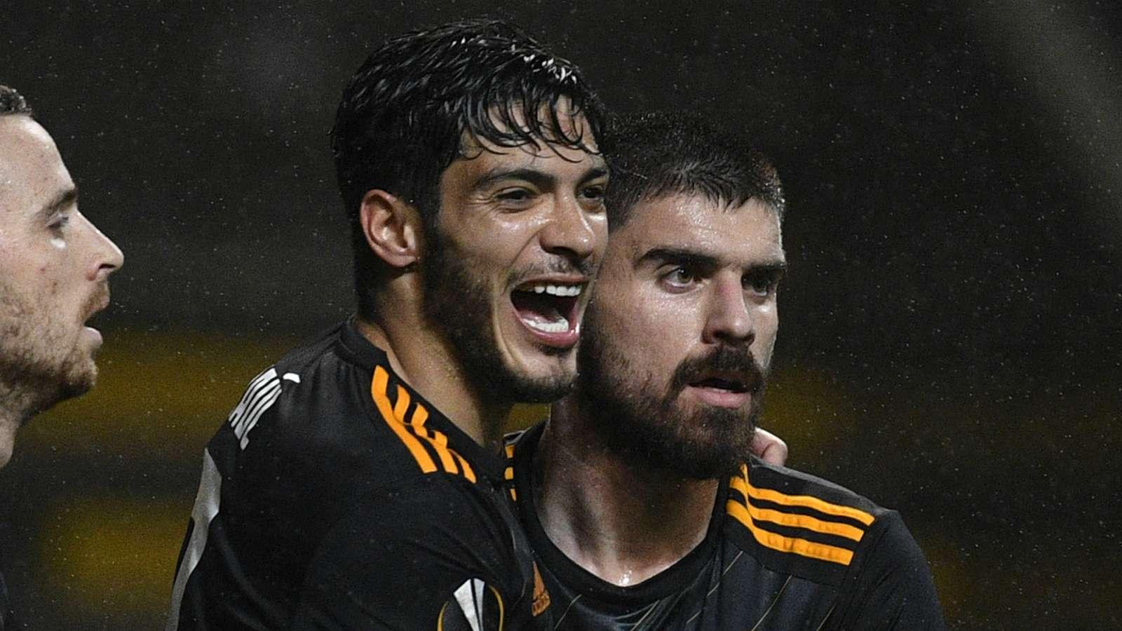 Goal:曼联有意1月引进狼队的希门尼斯和内维斯