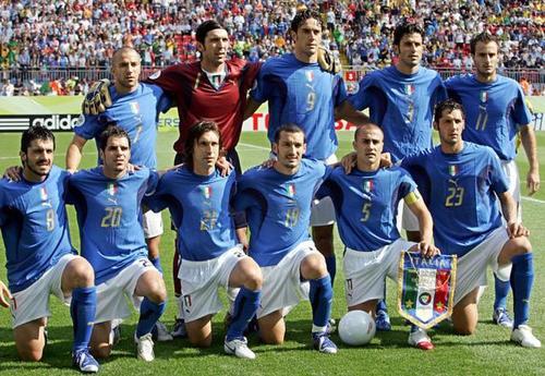 德罗西退役后,意大利06年世界杯阵容仅剩布冯还在征战