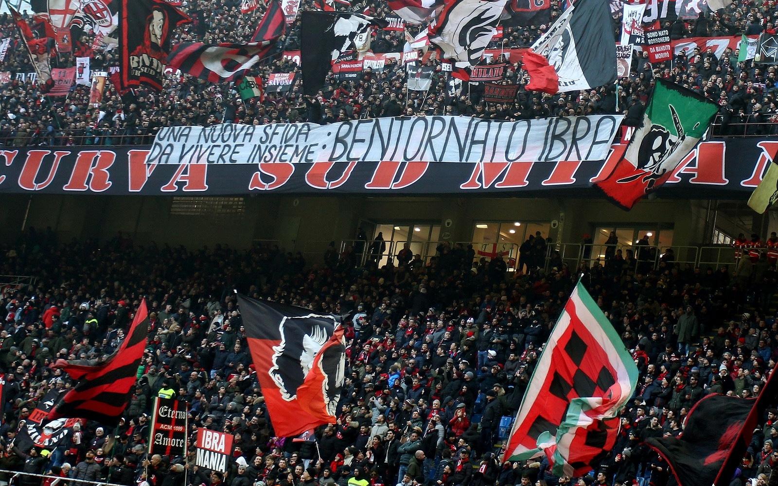 伊布晒出米兰球迷现场图:非常感谢你们!
