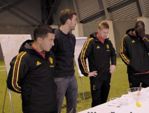 2019年比利时最佳海外球员候选:卢卡库阿扎尔和德布劳内