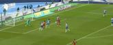 GIF:穆勒传中,佩里西奇高高跃起头球