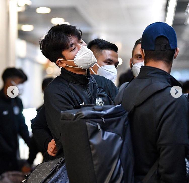 防护严密!武里南联抵达上海,备战亚冠资格赛