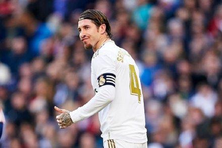 拉莫斯与亨托桑切斯并列,成为马德里德比出场数最多球员