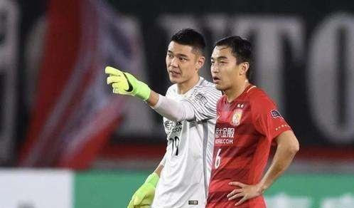 南都记者:冯潇霆、曾诚新赛季为上海申花效力