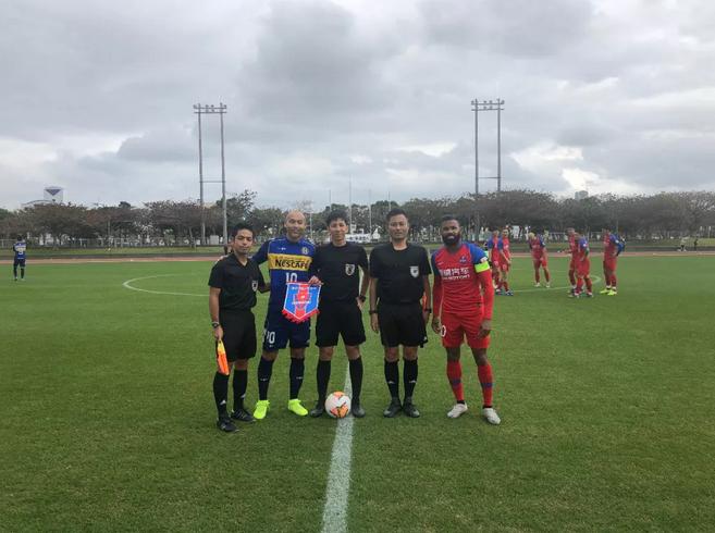 热身:新援西里诺梅开二度,重庆斯威2-1日本球队